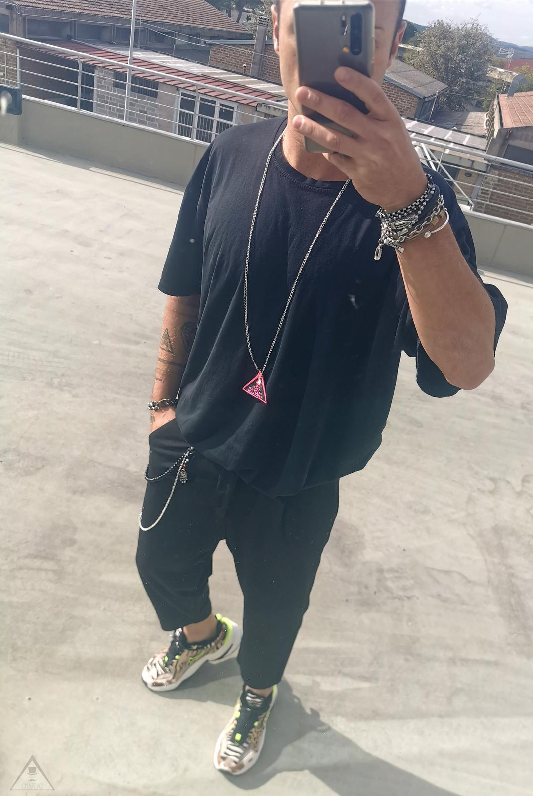 Outfit Leo Fuoco