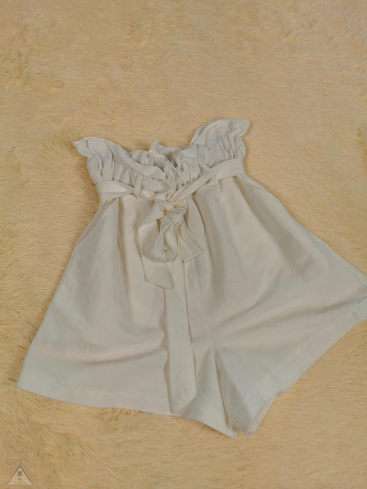 Short Lino White