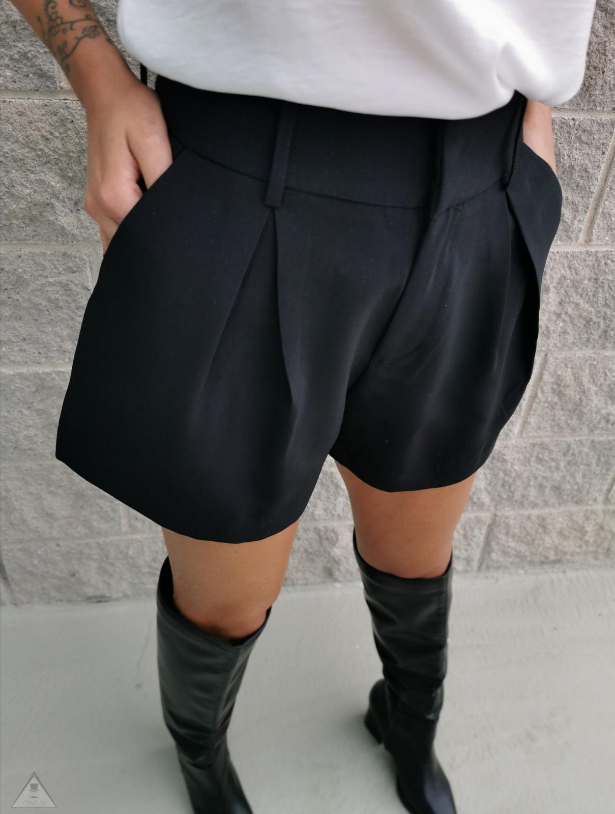 Short Pence Black