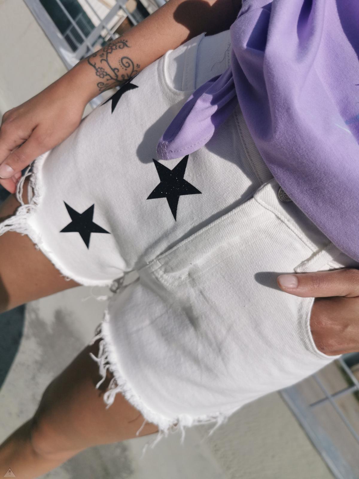 Stars Short White