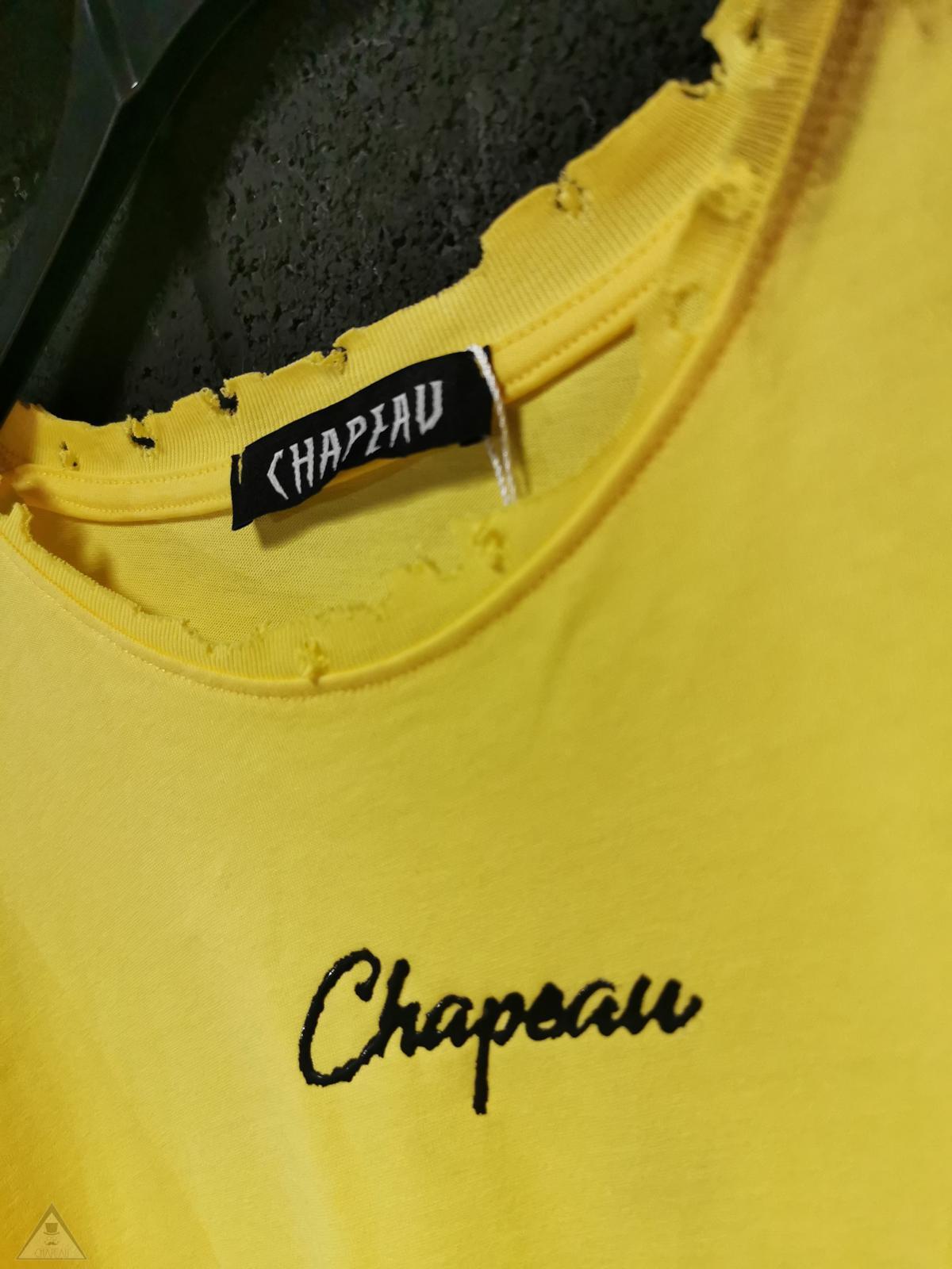 T-shirt Chp gialla macchia
