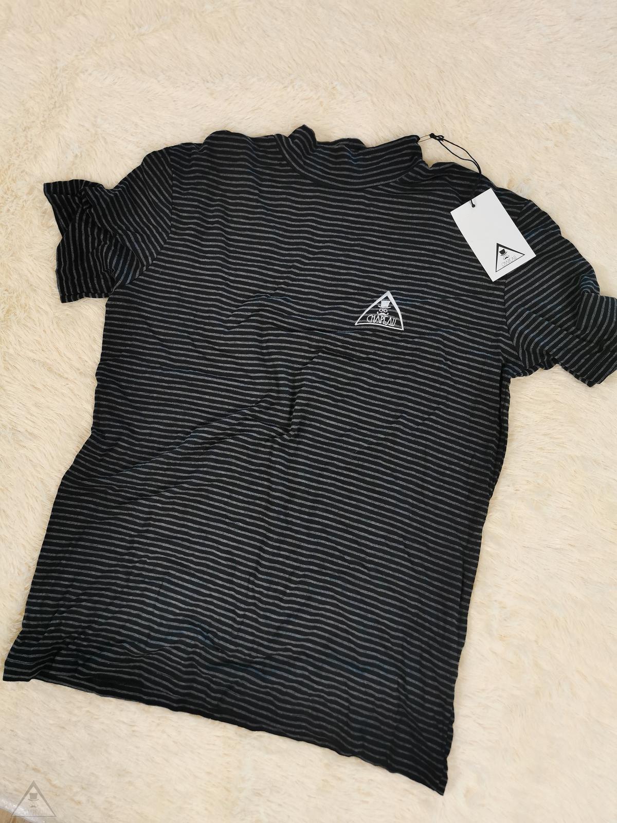 T-shirt Coreana