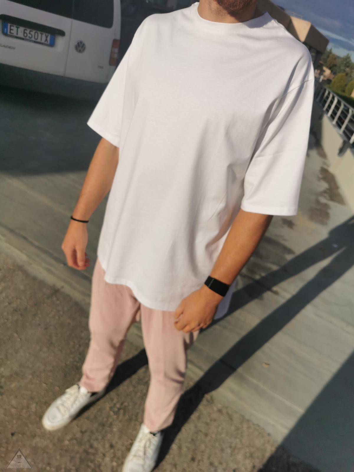 T-Shirt Oversize Asimmetrica White